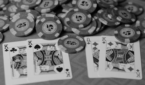 Read reviews and do your research when choosing an online casino website